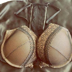 Gently used Victoria secret pushup bra.